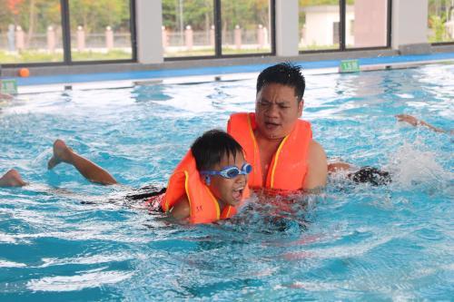 Sen Xanh Vạn Sơn Resort