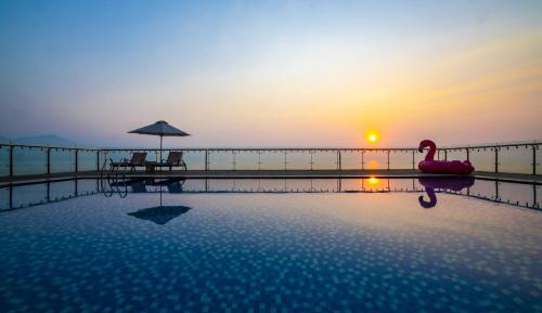 SERENE Beach Hotel