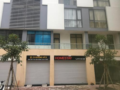 Apartment 668