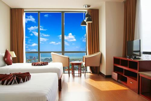 Da Nang Han River Hotel