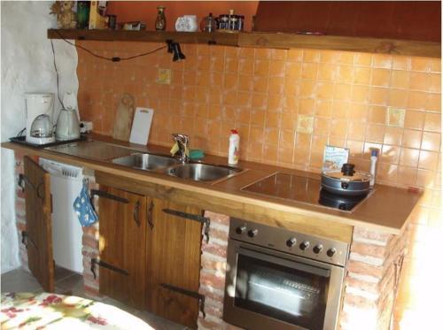Virtuve vai virtuves aprīkojums naktsmītnē Tuulingu Holiday House