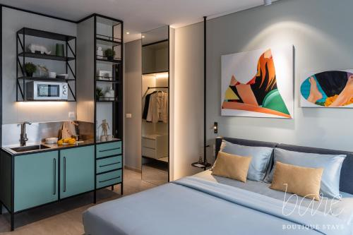 Bare Gallery Boutique Stays