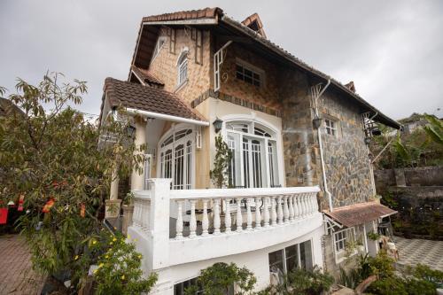 Cho Thuê Villa Nguyên Căn Đà Lạt (giao chìa khoá)