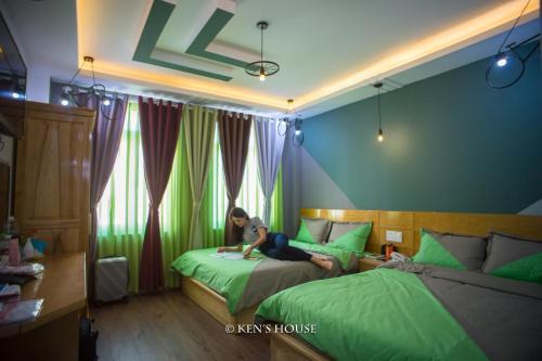 Ken's Backpackers Hotel - Original