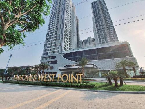 Bayhomes West Point Serviced Apartment