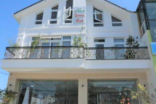 Khách sạn Quang Minh Đà Lạt