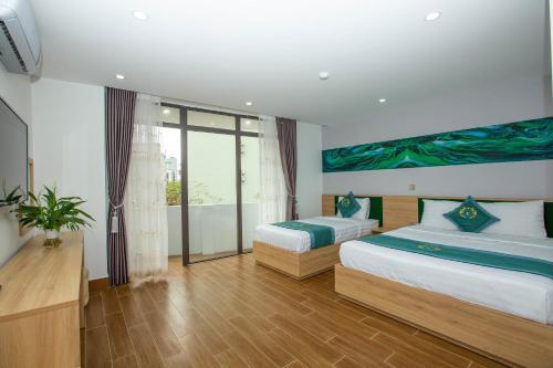 Emerald Hotel Cát Bà