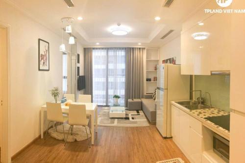 Vinhomes Serviced Apartment for rent (P312A17)