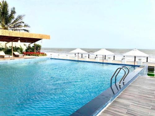 Lily Aria Resort - Blueshaphire Seaview Appartment