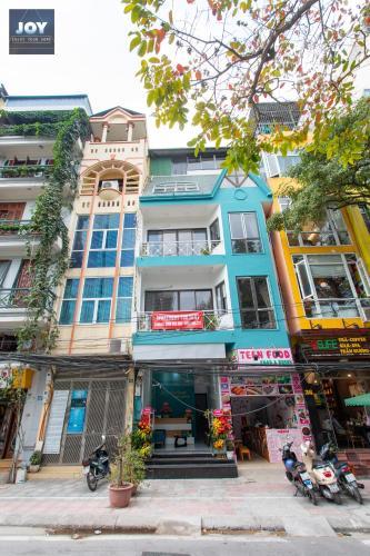 View Lotte Ba Dinh+natural balcony studio near West lake