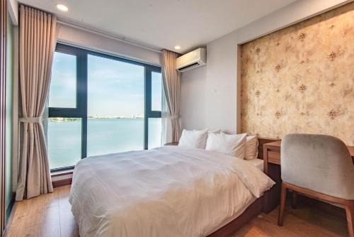 Moon West Lake Serviced Apartment