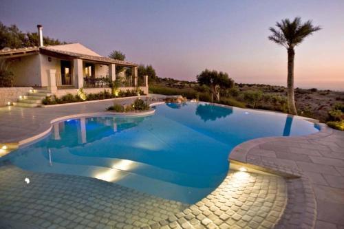 The swimming pool at or near Villa Imbastita