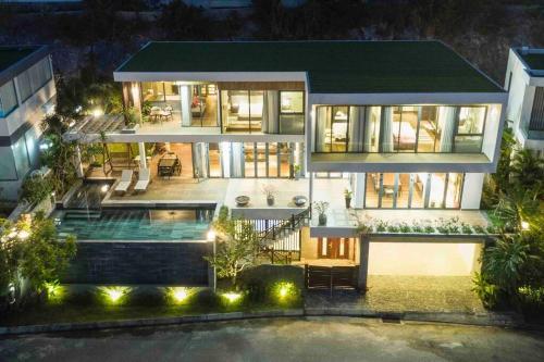 Mervil Luxury Ariel Nha Trang