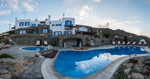A piscina em ou perto de Mykonos Thea