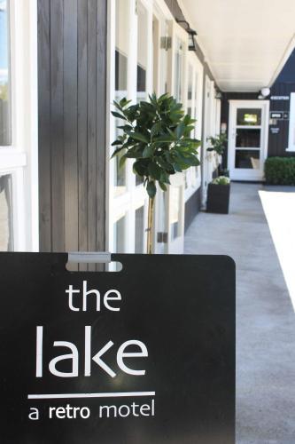 The Lake Motel