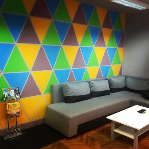A seating area at New Hostel Belgrade