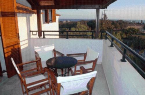 Een balkon of terras bij Barbara Studios & Apartments