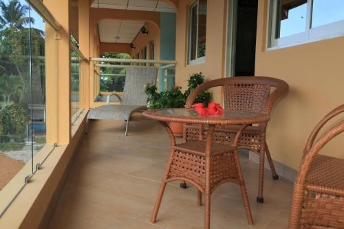 Un balcón o terraza de Villa Bedier Self-catering Apartments