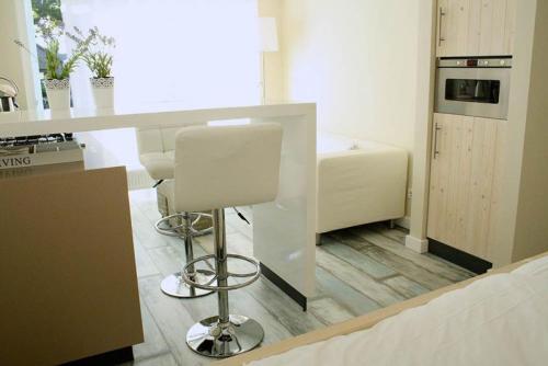 A seating area at Apartment Silvamare
