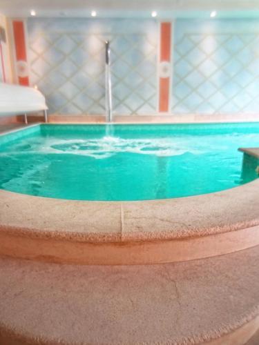 Kolam renang di atau di dekat Ca' Tessera Park Resort Venice Airport