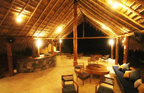 A restaurant or other place to eat at Gal Oya Lodge