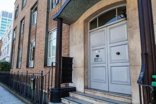 The facade or entrance of Access Euston