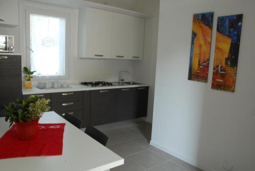 A cozinha ou cozinha compacta de Da Irene