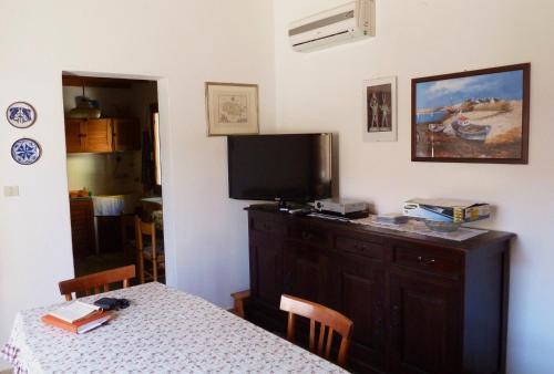 A television and/or entertainment center at Casa Mandriola