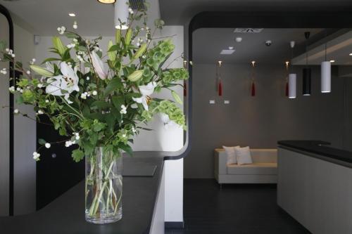 Vonios kambarys apgyvendinimo įstaigoje Noha Suite Hotel