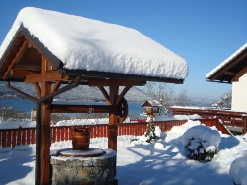 Prenočišča Jezero im Winter