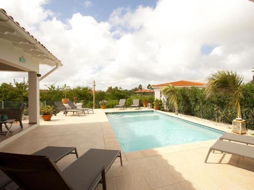 Het zwembad bij of vlak bij Casa Calida