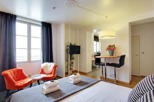 Zona de estar de Short Stay Group Museum View Serviced Apartments