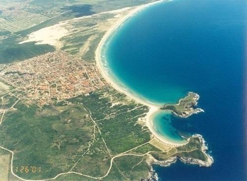 A bird's-eye view of Duplex Praia do Peró