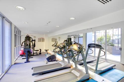 The fitness center and/or fitness facilities at Mantra on the Quay