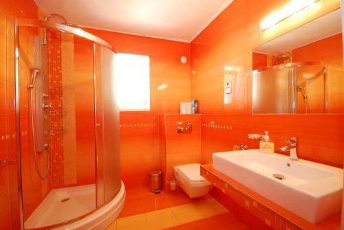 Koupelna v ubytování Apartman Elegant