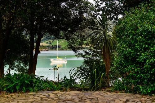 Majoituspaikassa Annandale Coastal Farm Escape & Luxury Villa Collection tai sen lähellä sijaitseva uima-allas