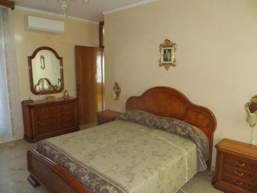 A bed or beds in a room at Asteria Venetian Suite