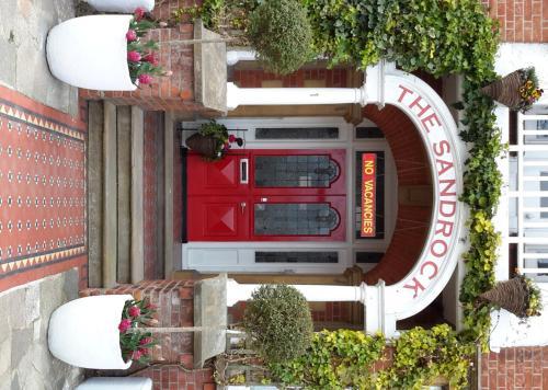 هتل The Sandrock