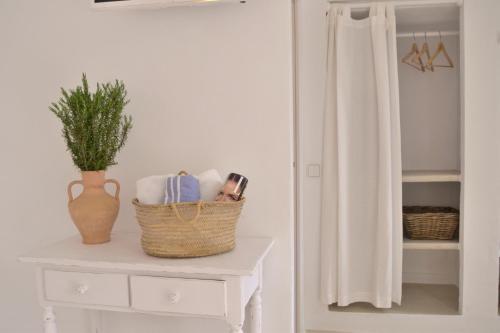 A bathroom at Apartamentos Estel