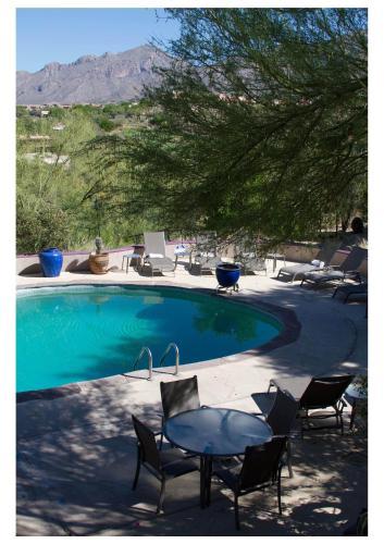 The swimming pool at or near Hacienda del Sol Guest Ranch Resort