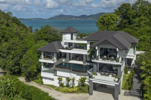 A bird's-eye view of Luxury Villa in Cape Panwa
