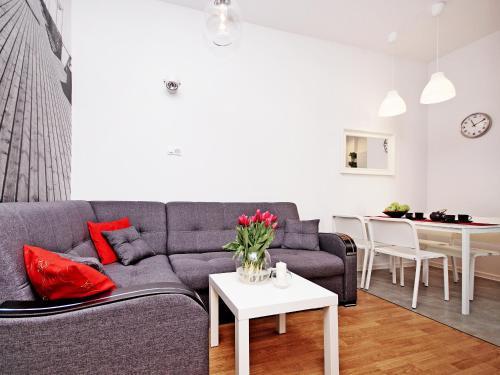 A seating area at Sopot Comfy Apartment SA