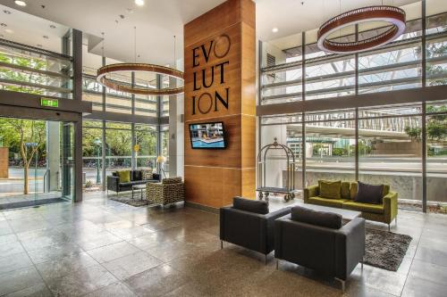 The lobby or reception area at Evolution Apartments