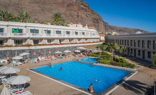 Vista de la piscina de Apartamentos Charco del Conde o alrededores