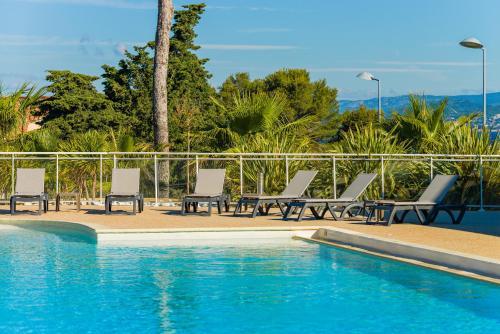 Der Swimmingpool an oder in der Nähe von Lagrange Vacances Les Terrasses des Embiez