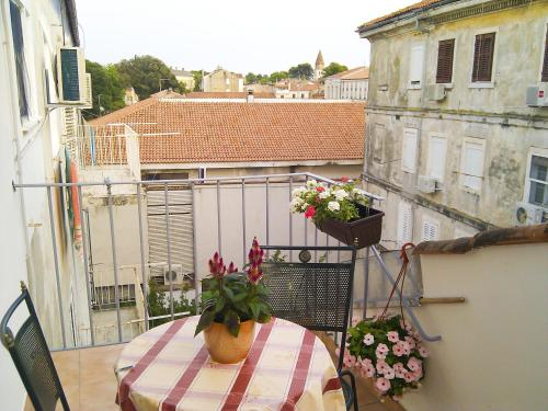 A balcony or terrace at Apartments City Walls