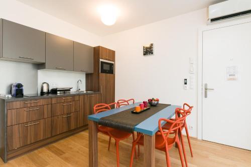 מטבח או מטבחון ב-Vienna Stay Apartments Castellez 1020