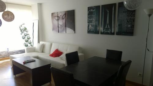 Un lugar para sentarse en Estudio Santos Ascarza