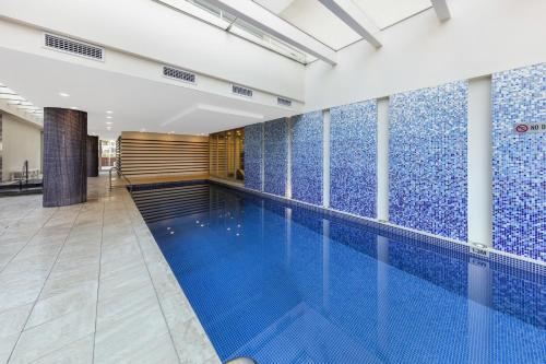The swimming pool at or near Oaks Liberty Towers