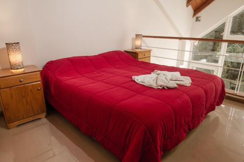 Una cama o camas en una habitación de Aparts del Sur